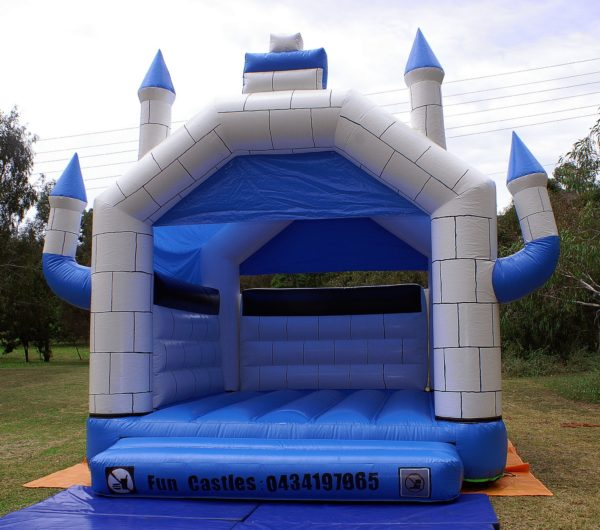 Blue and white jumping castle hire Geelong