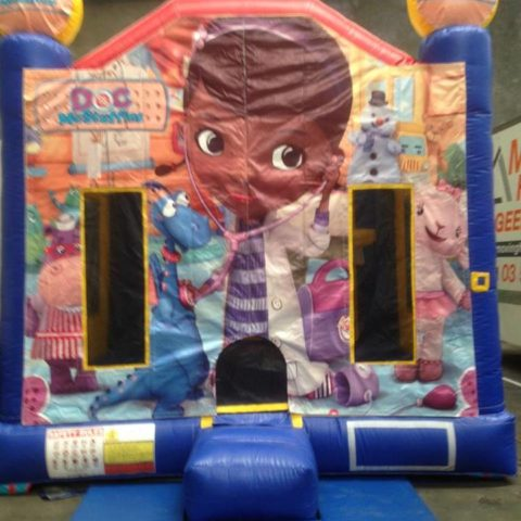 Doc Mc Stuffins Jumping Castle